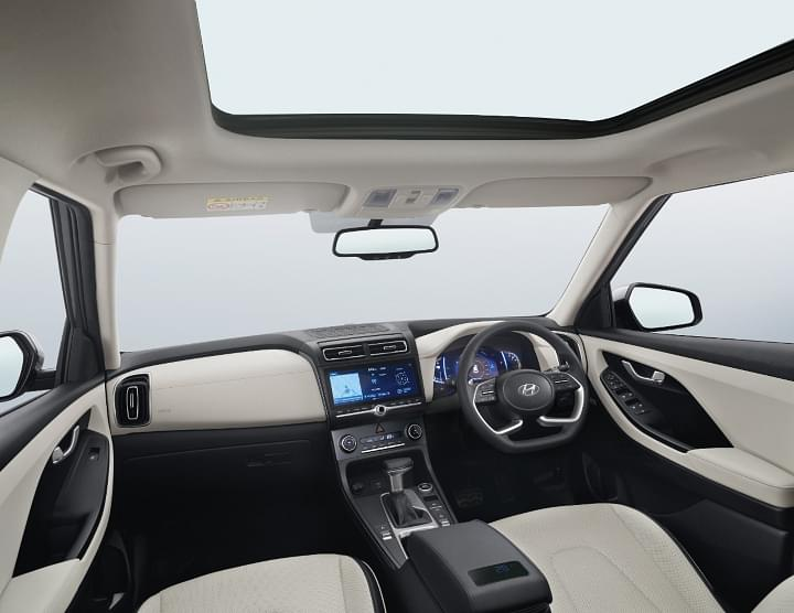 Mid-size SUVs with sunroof Image